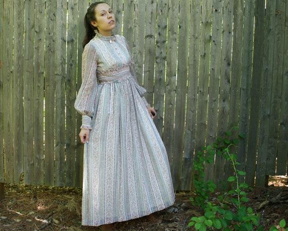 LAYLA vintage 70s floral prairie maxi dress