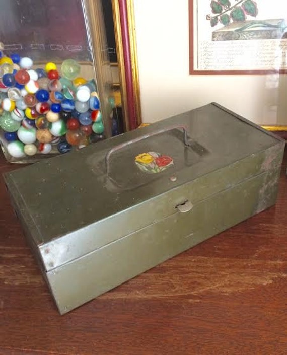 Vintage Green Mid Century /Farm Stand Handled Metal Cash Box w Floral Decal 9x4x3 Curated by BeckyPaints