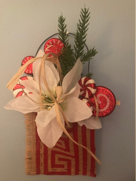 Holiday Burlap and Peppermints - Christmas Hanging Floral - Holiday Decor - Wall Hanger Holiday Floral - Handmade by BeckyPaints
