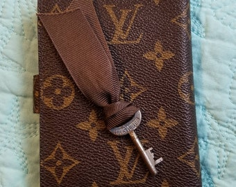 cb0a23881a42 Vintage Louis Vuitton trunk key - cool super old find