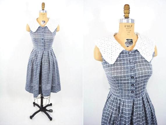 Vintage 1950s Day Dress | Gray Eyelet Collar Nelly