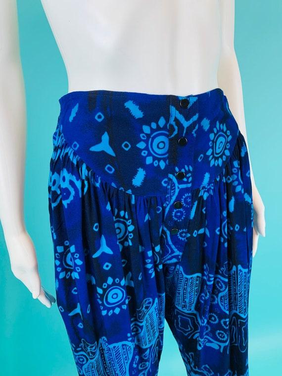 Vintage 1990s Harem Pants | Black Blue Printed Ta… - image 7