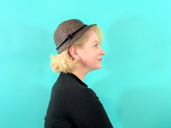 Vintage 1950s Wicker Hat | Small Brim Straw Cap - image 7