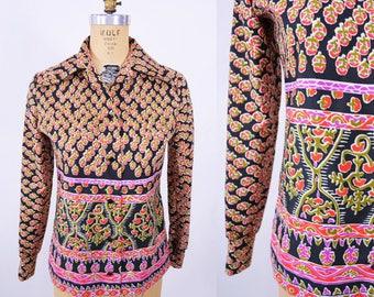 "ANNIVERSARY SALE // 1970s printed blouse | pink black border print long sleeve top | vintage 70s blouse | W 33"""