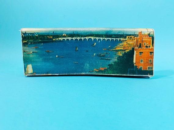 Vintage 1950s Scenic Clutch | Novelty Bridge Photo