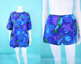 Vintage 1960s Hawaiian Set   Lili Elegay Purple Blue Swirl Top and Shorts Set