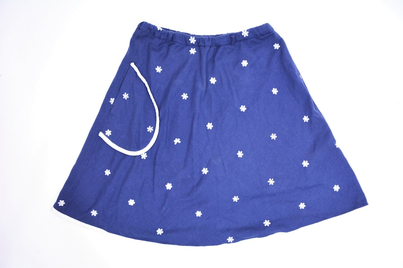 Vintage 1960s Daisy Skort  Navy Blue Embroidered Mini Skirt  image 0