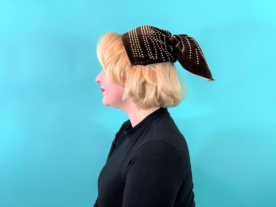 Vintage 1940s Headband   Brown Velvet Beaded Pony… - image 5