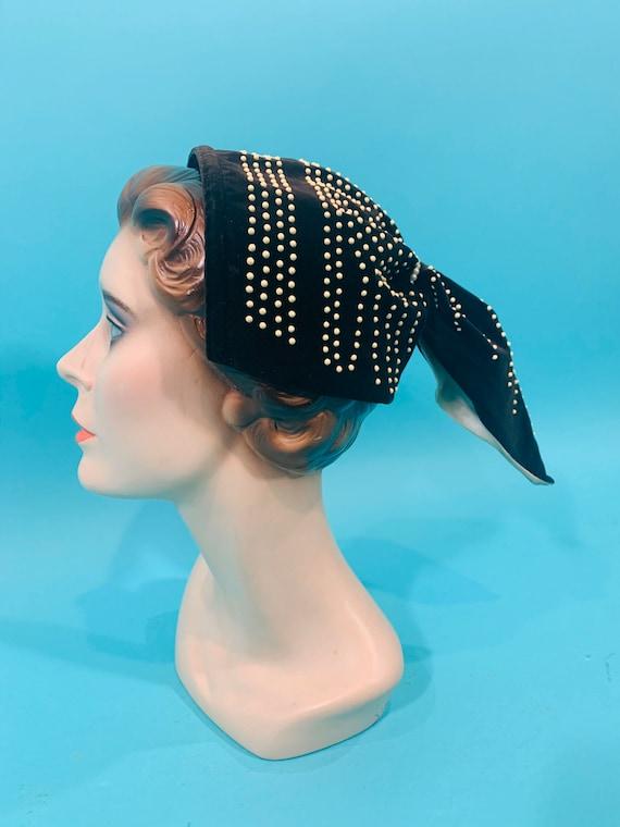 Vintage 1940s Headband   Brown Velvet Beaded Pony… - image 4