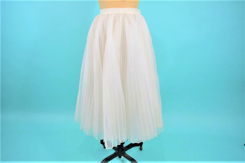 Vintage 1950s Party Skirt  White Pleated Full Skirt  W image 0