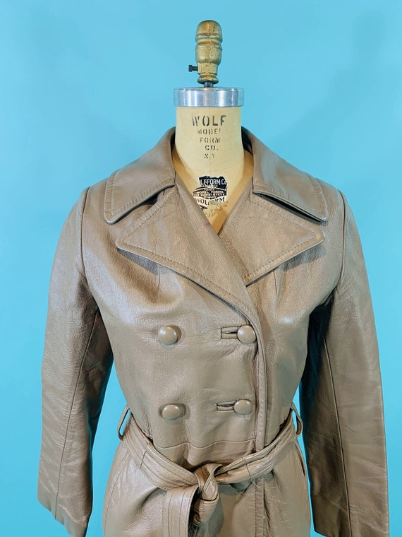 Vintage 1970s Leather Jacket   Taupe Faux Leather… - image 4