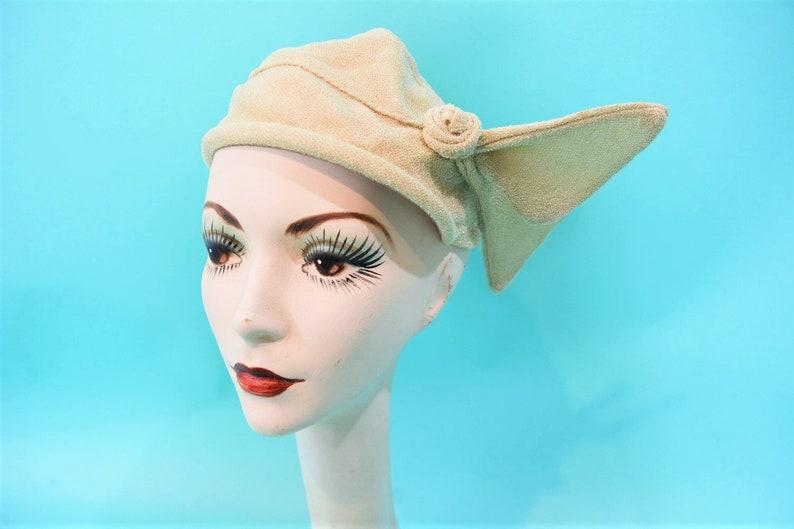 Vintage 1950s Sculptural Cap  Beige Madcaps Wired Juliet Cap image 0