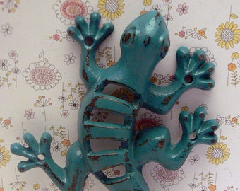 Lizard Gecko Cast Iron Wall Hook Boho Teal Blue Shabby Chic Stylish Fence Art