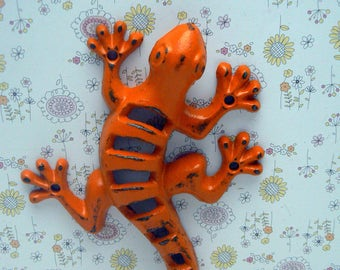 Lizard Gecko Cast Iron Wall Hook Boho Orange Shabby Chic Stylish Fence Art