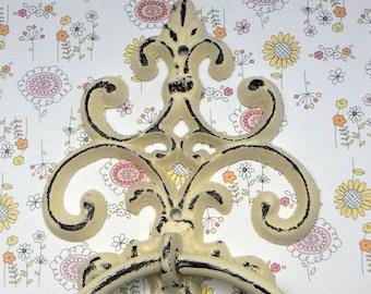 Fleur de lis Cast Iron Shabby Chic Off White FDL Small Hand Towel Wall Holder Home Decor