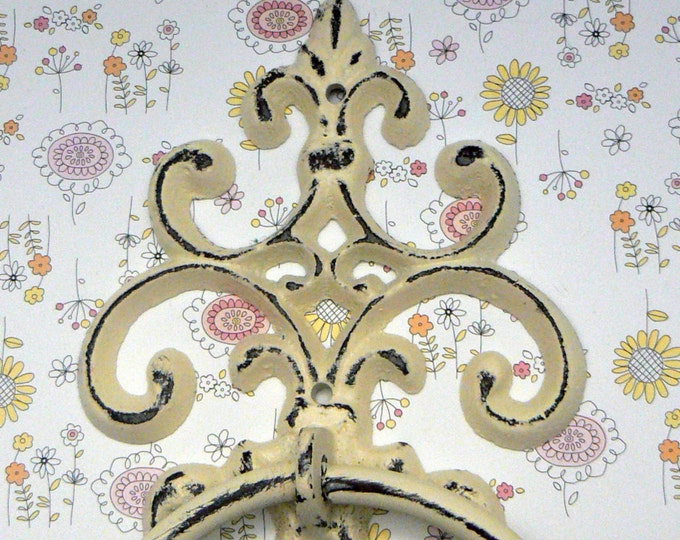Fleur de lis Cast Iron Shabby Chic Off White FDL Small Hand Towel Wall Holder Home Decor