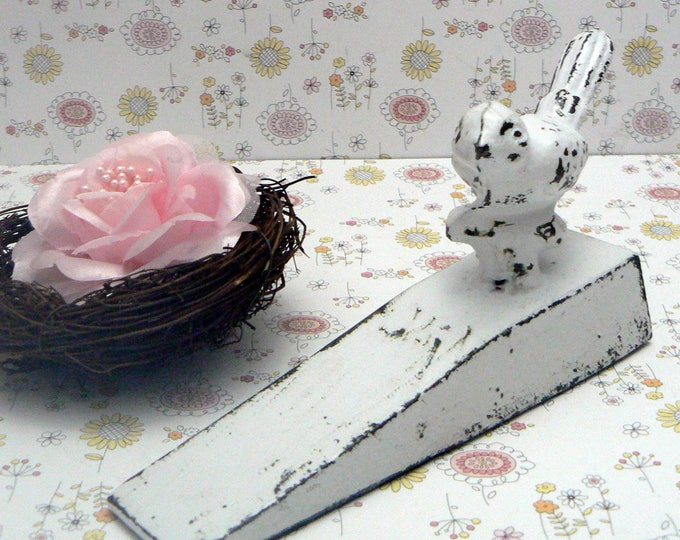Bird Doorstop Cast Iron Shabby Chic White Distressed Nature Fowl Prop