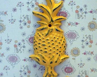 Pineapple Shabby Chic Yellow Tropical Beach Wall Hook Home Decor