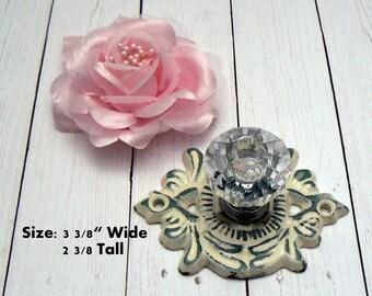 Cabinet Drawer Pull Medallion Flower Fleur Shabby Elegance OFF White Cream Cast Iron Backplate acrylic Knob French Paris Do It Youself DIY