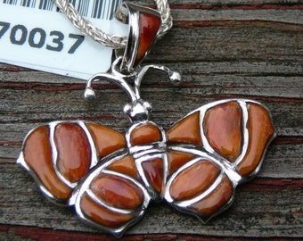 """Spiny Oyster Butterfly Pendant w/Sterling Silver 18"""" Chain - Beautiful - Unique"""