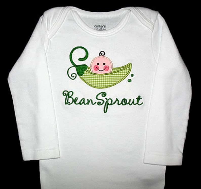 Custom Personalized Applique PEA in a POD and NAME Gown and Hat Set Lime Green Mini Gingham and Kelly Green