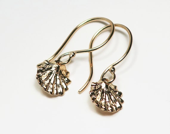 Tiny Fluted Solid Gold Dangly Shell Earrings
