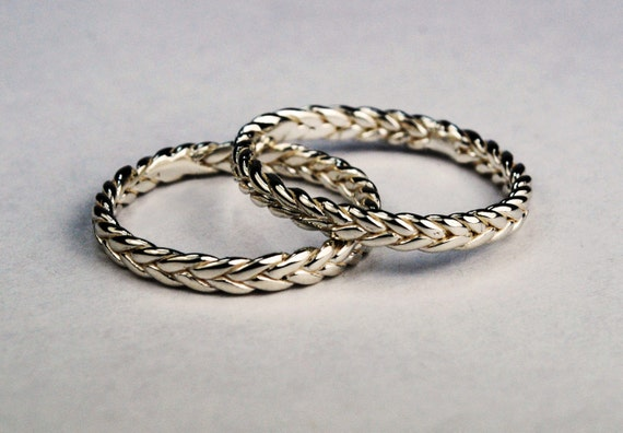 Solid 14k White Gold Thin Braid Ring