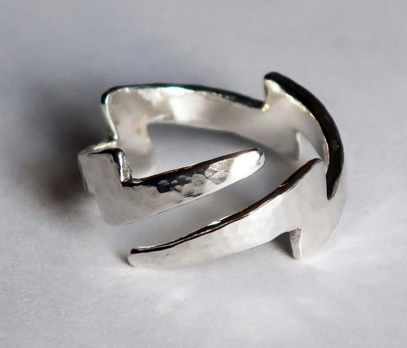 Silver Lightning Bolt Ring with tapered ends.