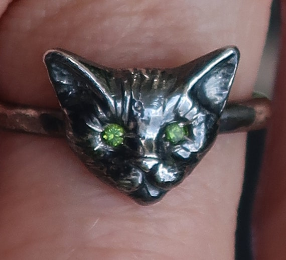 Black Sterling Silver Kitty Cat Ring with Peridot Doublet Eyes, US Size 5.25- Ready To Ship