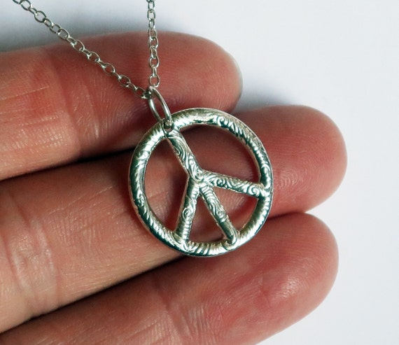 Small Sterling Silver Peace Vibe Necklace