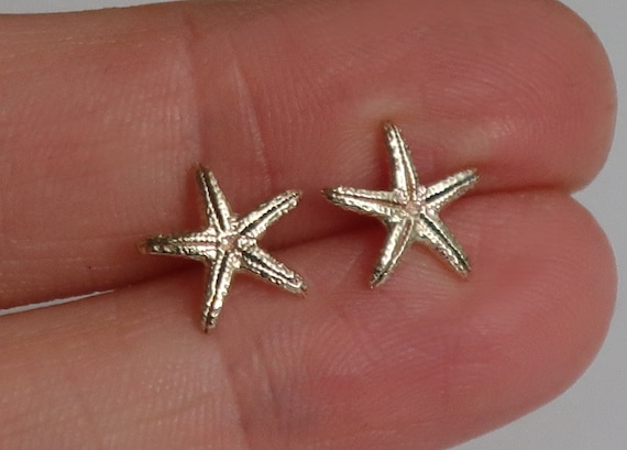 Solid Gold Little Starfish Earrings