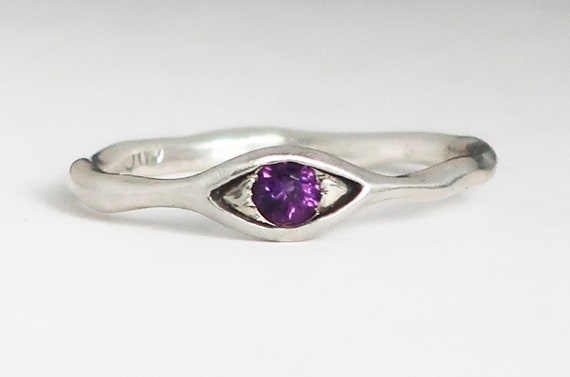 Sterling Silver and Purple Amethyst Eye Ring