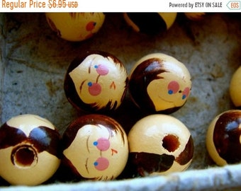 20pcs Simple Carved Wood Ball Beads Coffee Color Round Loose Spacer Craft 25mm