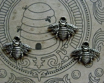 Detailed Silver Bees Charms/ Stampings