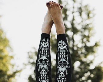 Nazca Lines High Waist Leggings, hand printed legging, gifts for the traveler, Made in the USA, by Simka Sol