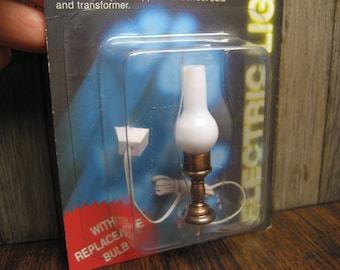 Dollhouse Miniature Hurricane Oil Lamp Light Electric