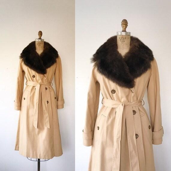 vintage Trench coat / fur collar coat / Hazel All