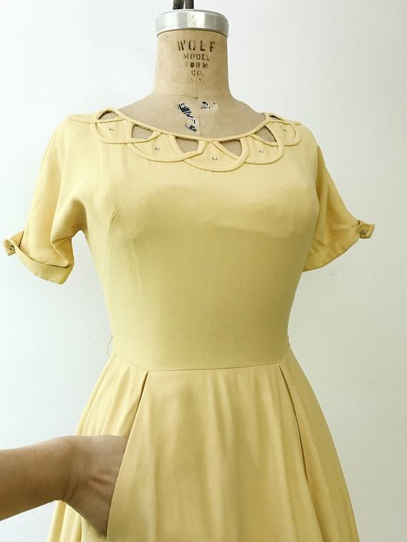 50s cotton dress / 1950s yellow dress / Cotton La… - image 2