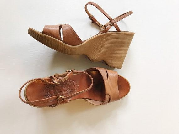 vintage Famolare shoes / 70s platform shoes / leat