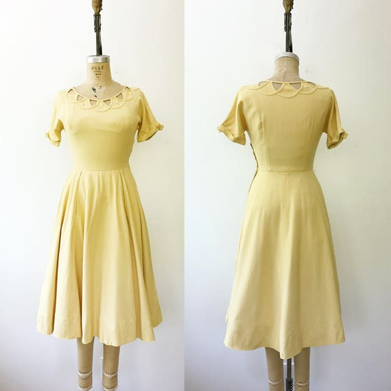 50s cotton dress / 1950s yellow dress / Cotton Lat