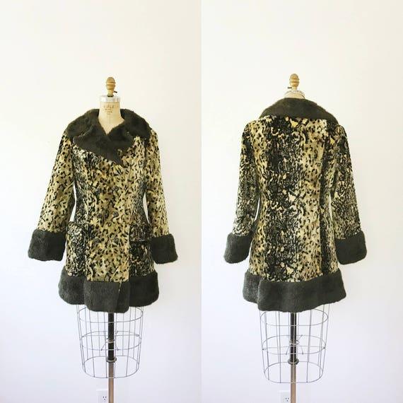 leopard print coat / faux fur coat / 60s Leopard c