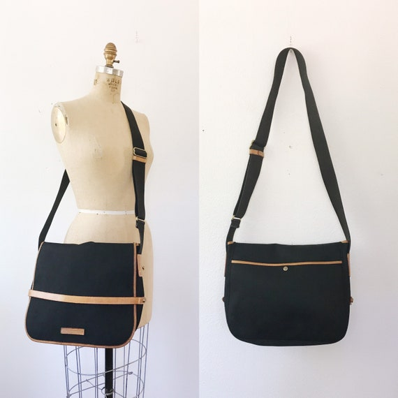 Dooney and Bourke bag / canvas and leather messeng