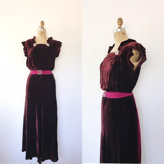 1930s dress / 30s velvet dress / Velvet Pomegranat