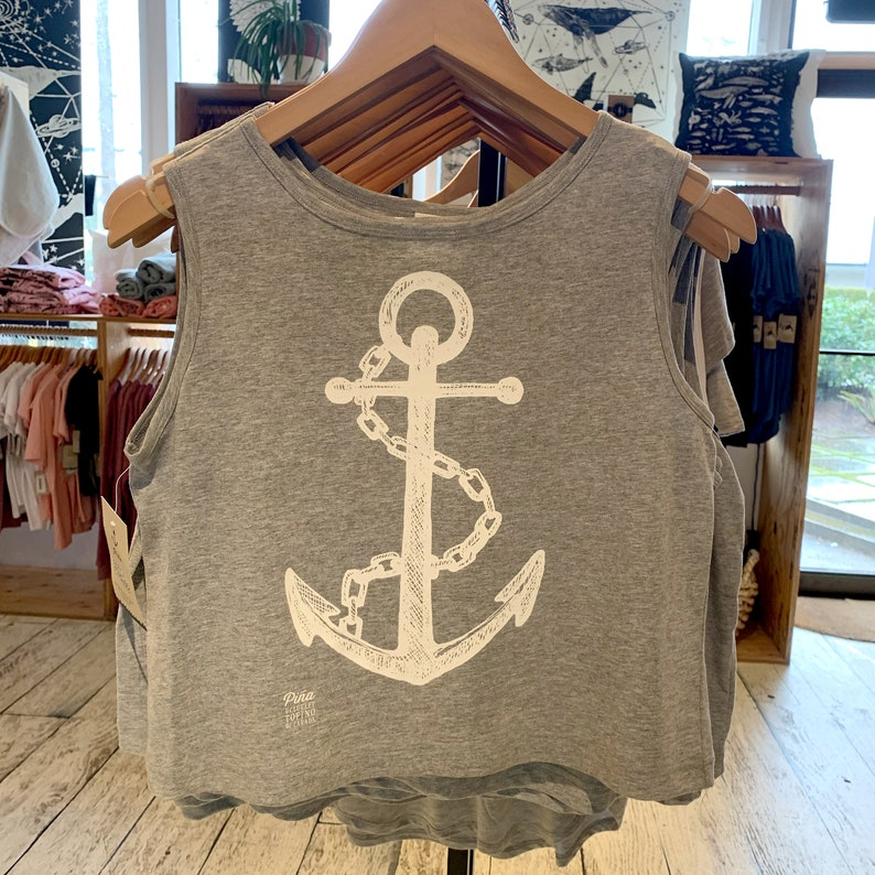 White Anchor on sleeveless top Boxy silhouette Summer image 0