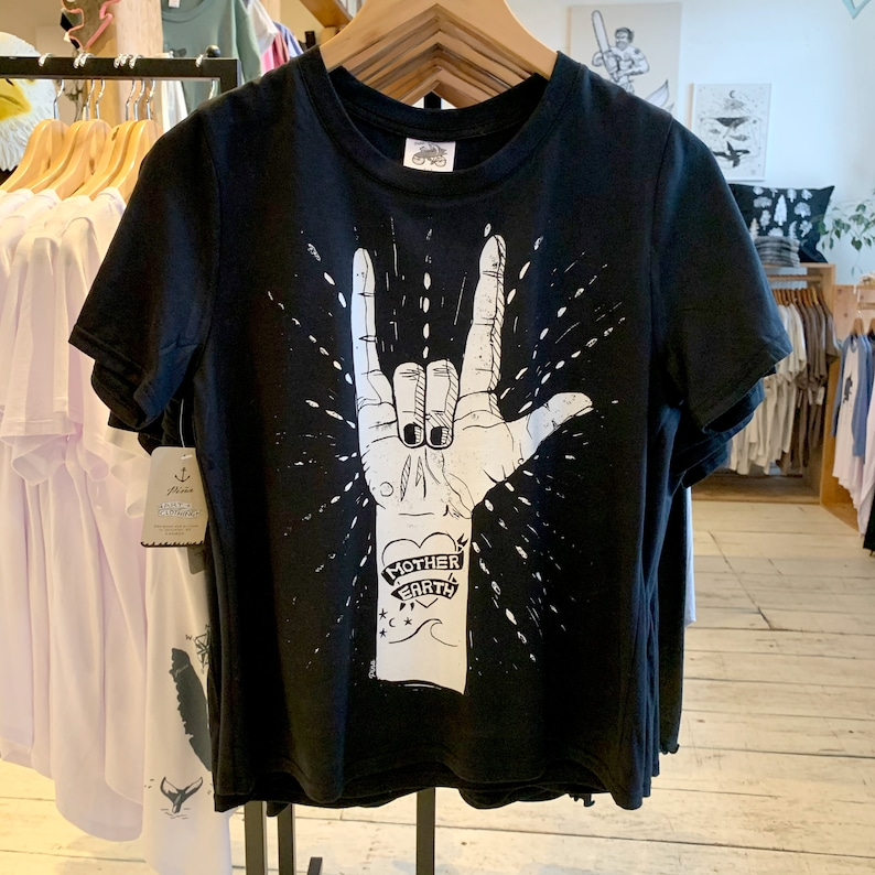 Mother Earth lino cut print t shirt  Crewneck boxy silhouette image 0