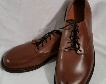 NOS, deadstock mens size 7 oxford shoes