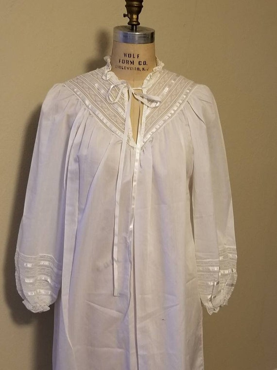 Sweetest nightgown, vintage, new, white, Victorian