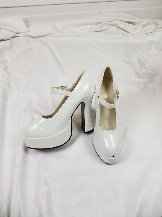 60s style white platform mary jane heels, size 7