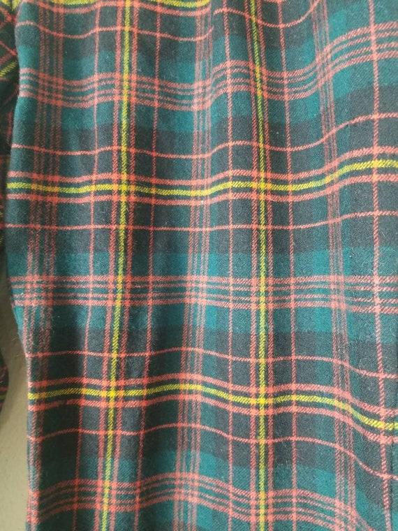 Vintage mens plaid pants, 34x29, wool, green blac… - image 5