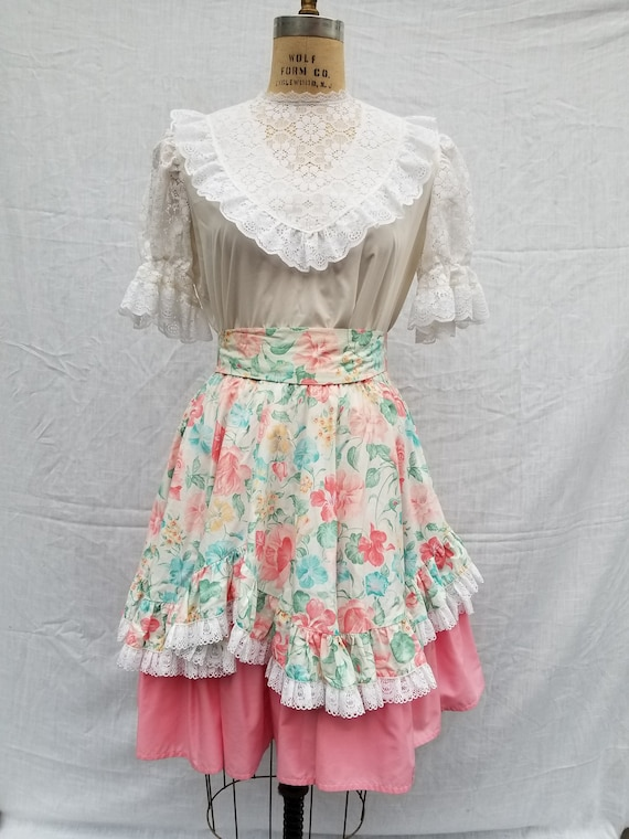 Squaredancing dress, pink floral, vintage 50s, two